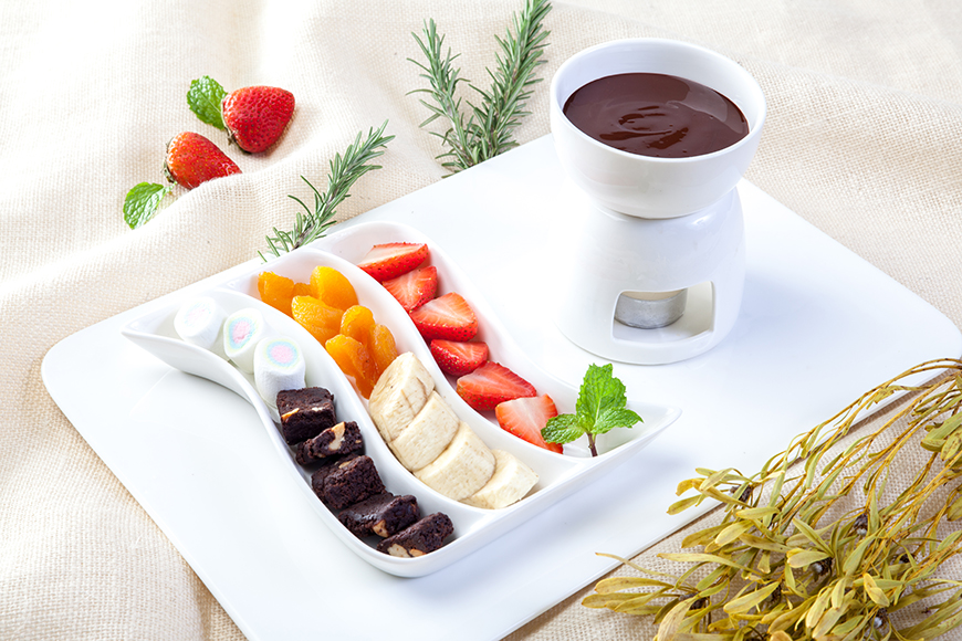 Chocolate fondue Picture Credit The Chocolate Factory Pattaya